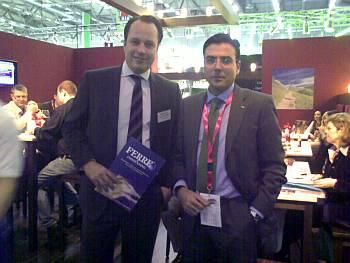 El Sr. Pinilla, Diector Comercial de la Compañía Ferré & Consulting Group, con uno de los ponentes y Directivo de la compañía Bayer Gastronomie