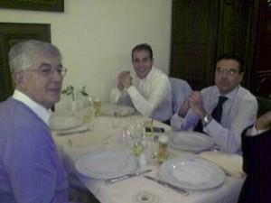 El Sr. Pinilla, Director Comercial de Ferré & Conulting Group cenando en Frankfurt con el Sr. Mauro y Sr. Antonio de la Compañía Franciacorta.
