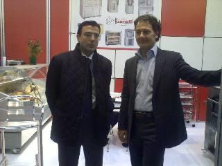 Izquierda Sr. Diego Pinilla, Director Comercial de Ferré & Consulting Group, y derecha Sr. Cristiano Zanolli, Presidente de Zanolli