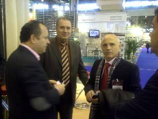 Izq, Sr. Juan Puigcerver, Dtor Gral de Tecfood, Ctro, Sr. Enrique Climent, Coord. Area Expansión de Forvasa, Dcha, Sr. Paco Català, Coord. I+D+i de Forvasa