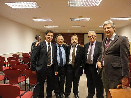 De izquierda a derecha, el Sr. Javier Martínez, de la empresa Tecfood, el Dr. Ing. José R. Ferré, Presidente de Ferré & Consulting Group, el Sr. Carlos Rocha, de R5G, el Sr. Xavier Torrents, de Areas, el Sr. Francesc Molina, de director técnico del grupo Pastas Gallo