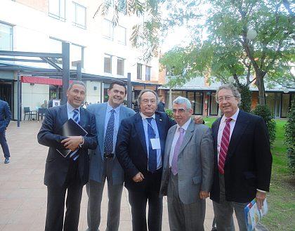 Sr. Javier Rodríguez (Quick Chef), Sr. Mario Cañizal (Consultor de Ferré & Consulting Group), Sr. José R. Ferré (Director General de Ferré & Consulting Group), Sr. Enrique Sesé (Director del Grupo IPMARK), Sr. Albert Punset (Partner de Ferré & Consulting Group).
