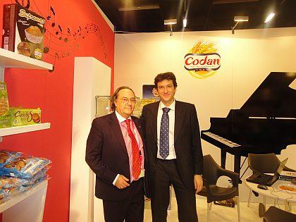 Don José R. Ferré, Presidente de Ferré & Consulting Group (izda) junto a Don Julio César de la Torre, Director Comercial y miembro del Consejo de Administración del Grupo Codan.