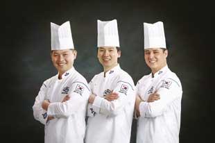 Corea del Sur de izquierda a derecha, Ma Chil-Seok ,Baek Soun-Heon ,Han Sang-Baek