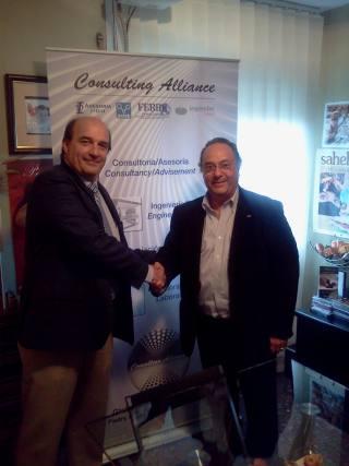 De izda a derecha: D. Enrique Ramon E. , CEO del Grupo Pabisan (Méjico) junto a D. José R. Ferré, CEO de Ferré & Consulting Group (Consulting Alliance Holding)