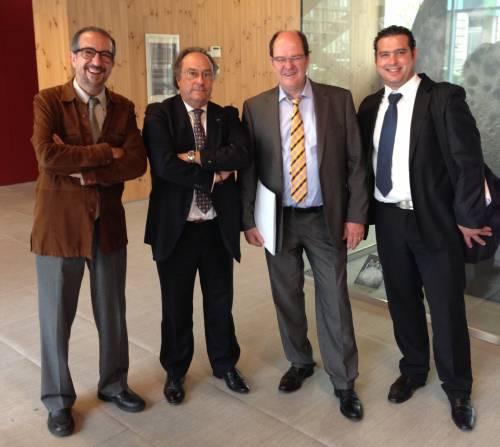 De izquierda a derecha: Dr. Josep Clotet (Ddirector-Gerente, Parc Cientific i Tecnologic Agroalimentari & Universitari de LLEIDE) Spain.  // Dr. Ing. Ind. Agroalimentario José R. Ferré.del Grupo Ferré & Consulting Group (España) EUROPE  // Mr. Ulrich Lauck (Dr. Ingeniero Alimentario-Bakery) // Director Manager de (A.F.) Nuevas Tecnologías aplicadas en Bakery-Pastry de (Suiza) // Sub-Director Técnico Comercial de (A.F.) Nuevas Tecnologías aplicadas en Panificación (Suiza) Mr. Dalas Hanson (Ingrniero-Agroalimentario).
