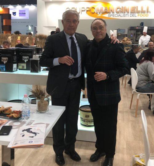 Sr. Ferré y Sr. Armando Mancinelli