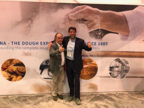 Sr. José Ramon Ferré Fort – CEO de Ferré & Consulting Holding Group junto al Sr. Paolo Bosso -Regional Sales Director- Diosna